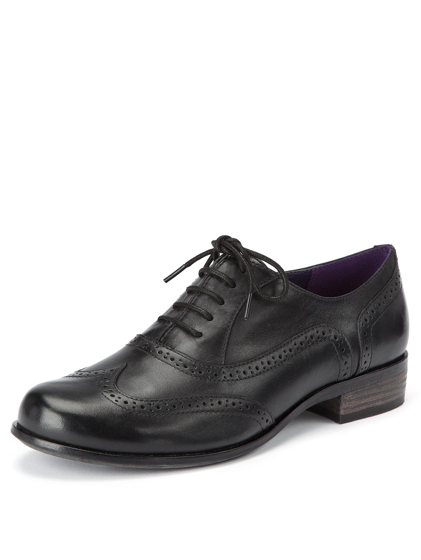 Hamble Oak Leather Brogues, Black