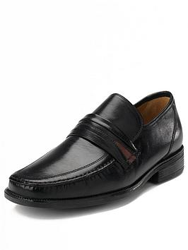 Clarks Aston Mind Mens Slip On Wide Fitting Shoes