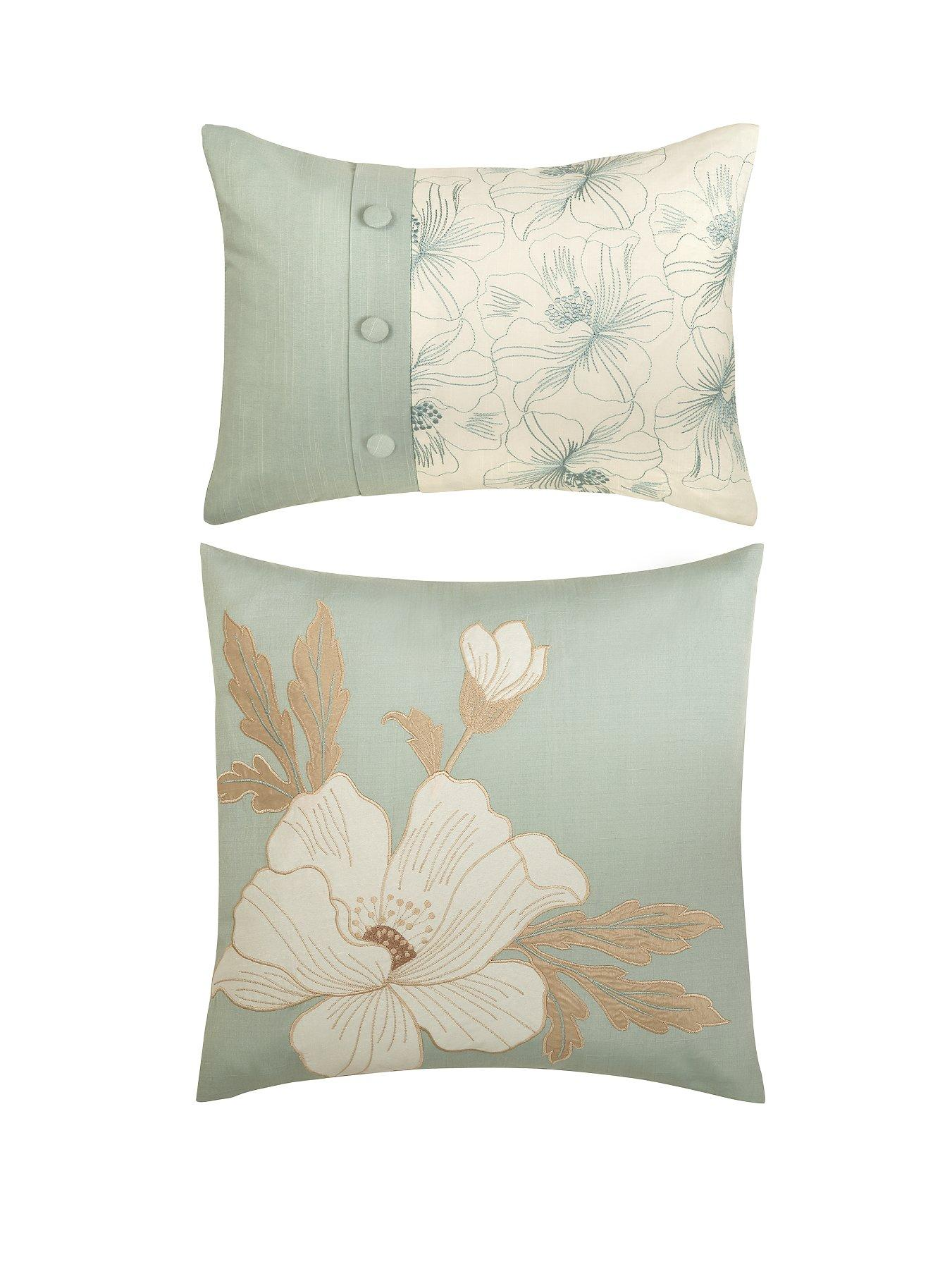 Magnolia Filled Cushions (2 Pack)