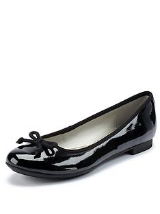 clarks-carousel-ride-ballerina-pumps-black-patent