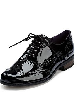 clarks-hamble-oak-ladies-brogues-black