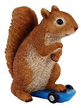 squirrel-on-skateboard-garden-ornament