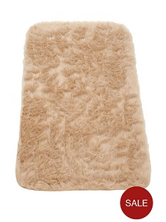 faux-fur-rectangular-rug