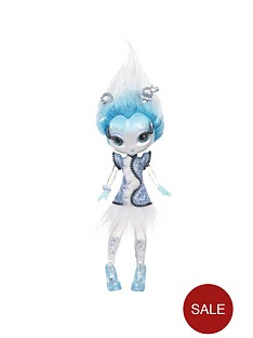novi-stars-invasion-doll-anne-arctic