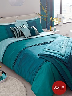 panel-stripe-bedding-range