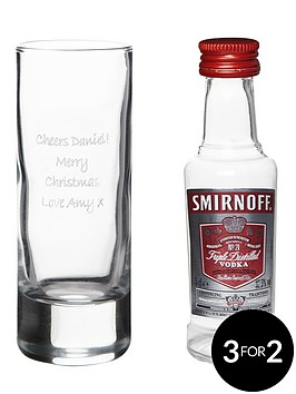 personalised-shot-glass-with-miniature-vodka