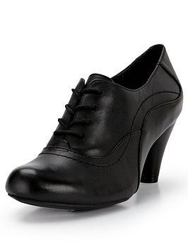 clarks-coolest-fruit-lace-up-shoe-boots