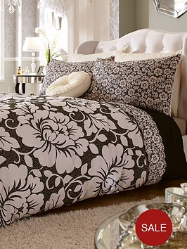 catherine-lansfield-victoriana-duvet-cover-and-pillowcase-set