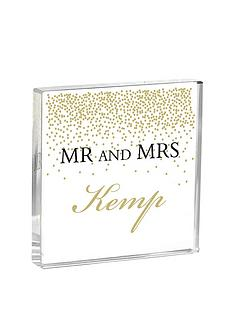 personalised-confetti-mr-mrs-glass-crystal-token