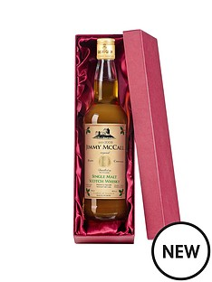 personalised-bottle-of-christmas-single-malt-whisky-with-optional-silk-lined-gift-box