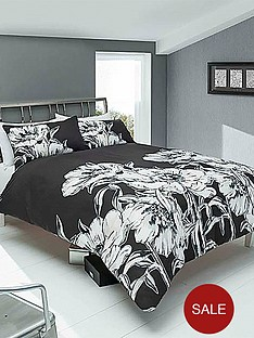 amelia-duvet-cover-and-pillowcase-set-black