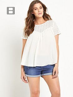so-fabulous-crochet-lace-yoke-swing-blouse