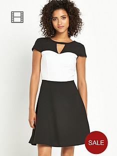 south-monochome-skater-dress