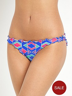 resort-mix-and-match-printed-ruffle-edge-hipster-briefs