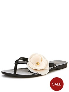 mel-honey-3-flower-detail-flip-flops