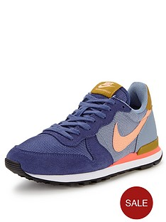 nike-internationalist-running-shoes