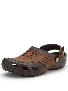 crocs-yukon-sport-casual-sandals