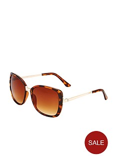 minimal-oversized-fashion-sunglasses