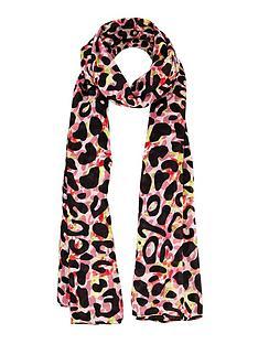 bright-leopard-print-scarf