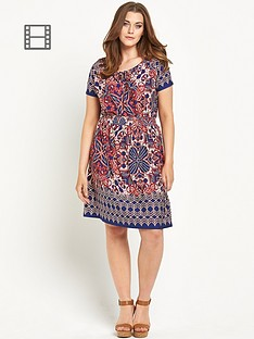 so-fabulous-border-hem-print-jersey-gypsy-dress