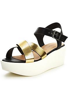 shoe-box-promise-sporty-flatform-sandals