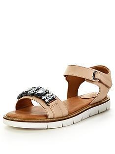 clarks-lydie-joelle-jewel-nude-flat-sandals