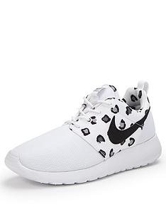 nike-roshe-run-print-trainers