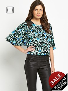 definitions-angel-sleeve-printed-chiffon-crop-blouse