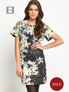 girls-on-film-printed-floral-detail-shift-dress