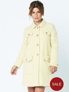 coleen-60s-coat