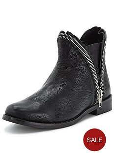 shoe-box-zip-detail-leather-boots-black