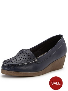 foot-cushion-maisie-cut-out-leather-wedge-moccasins