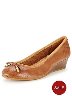 hush-puppies-hala-candid-low-wedge-pumps