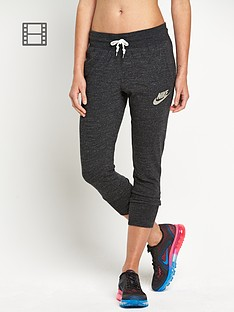 nike-gym-vintage-capri-pants