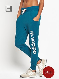 adidas-originals-baggy-tapered-pants