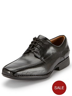 clarks-francis-air-lace-up-shoes