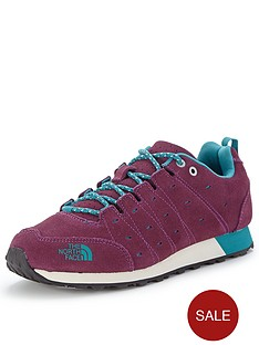 the-north-face-hedgehog-retro-sneakers