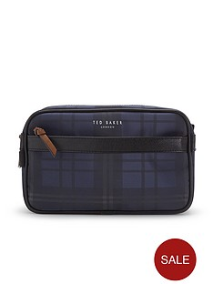 ted-baker-washbag-and-towel-set