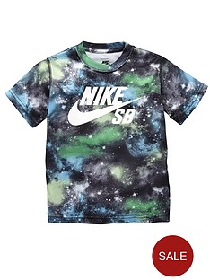 nike-sb-younger-boys-all-over-galaxy-print-tee