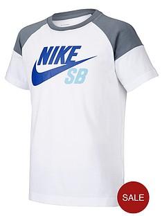 nike-sb-older-boys-logo-block-raglan-tee