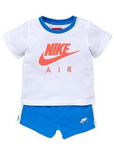 nike-baby-boy-top-and-shorts-set