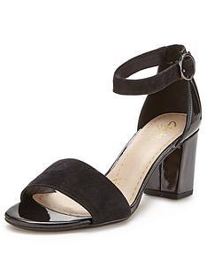 clarks-susie-deva-wide-fit-heeled-sandals-black