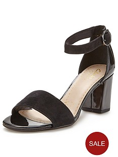 clarks-susie-deva-wide-fit-heeled-sandals-black