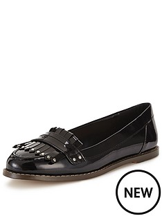 carvela-magnus-patent-loafers