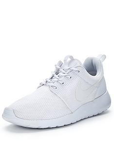 nike-roshe-one-trainers