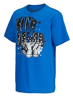 converse-youth-boys-shoe-stars-t-shirt