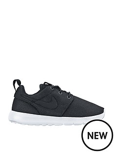 nike-roshe-one-junior-trainers