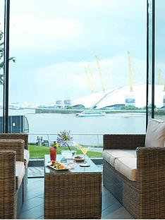 virgin-experience-days-traditional-afternoon-tea-at-the-radisson-blu-edwardian