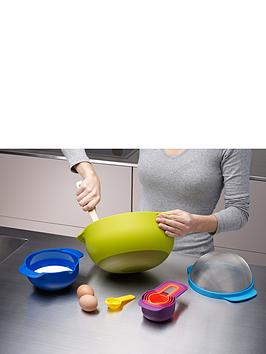 joseph-joseph-nest-9-plus-compact-food-preparation-set