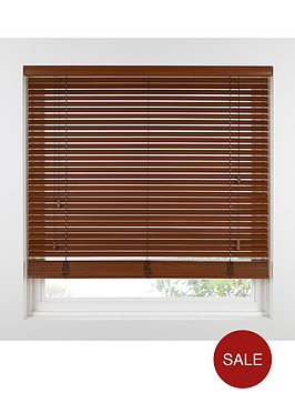 custom-width-wooden-venetian-blinds-with-38-cm-15-inch-slats